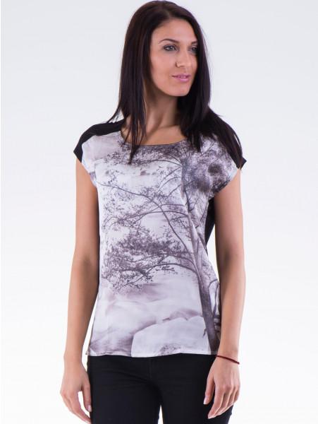 Дамска блуза с щампа XINT 777 - черна