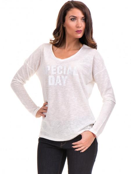 Дамска блуза с V-образно деколте XINT 116 - цвят екрю