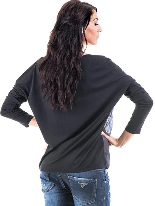 Дамска блуза  с овално деколте XINT 699 - черна B