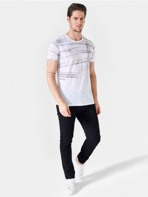 Мъжка памучна тениска с фигурален мотив - бяла 501209 INDIGO Fashion