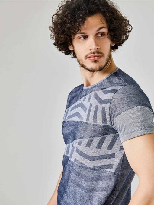 Мъжка тъмносиня тениска на геометрични мотиви 501225 INDIGO Fashion
