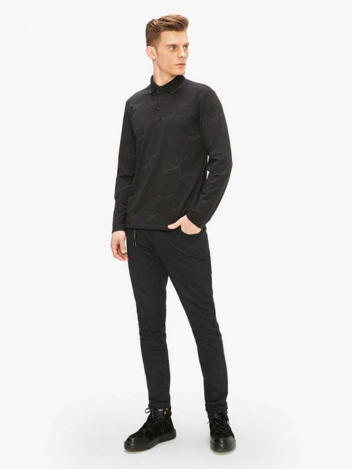 Черна спортна блуза с яка и надпис 501564 INDIGO Fashion