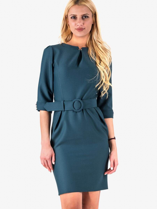Елегантна рокля с колан в тъмно зелено 17160 INDIGO Fashion